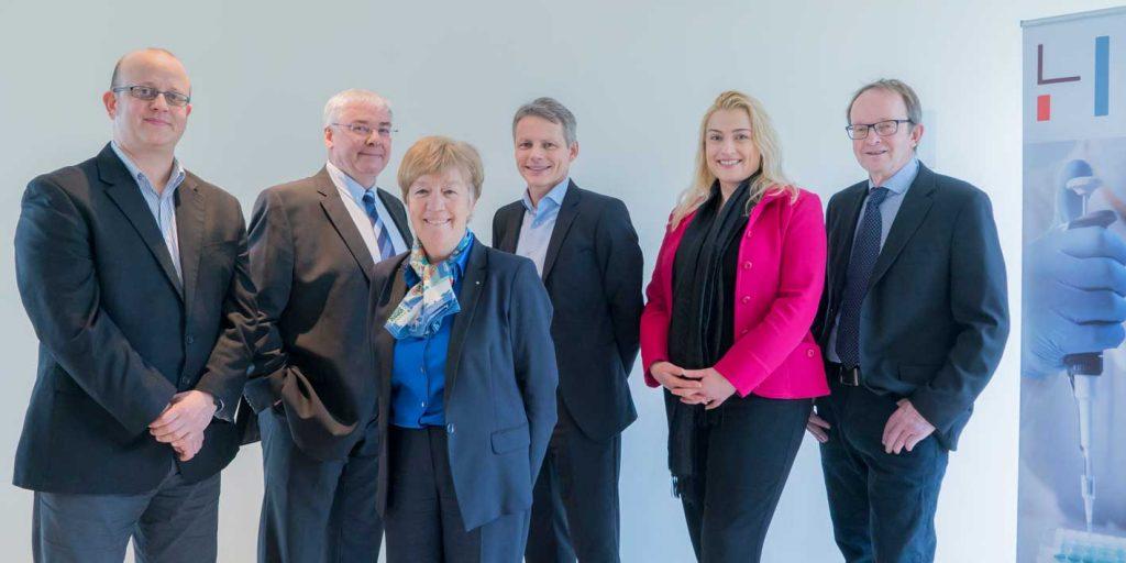 LIH Directors & CEO & CFO
